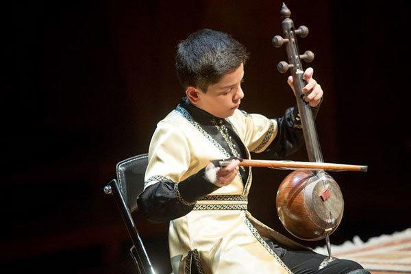 نخستین جشنواره موسیقی آواها و نواها در شیراز برگزار می گردد