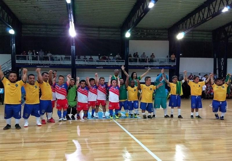 فوتبال دنیا ، قهرمانی پاراگوئه در جام ملت های کوتاه قامتان آمریکا با ستایس لیونل مسی