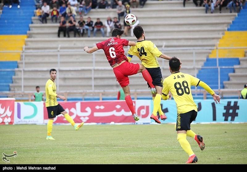محمد شادکام: مقابل تیم های بزرگ نتایج خوبی گرفتیم، پتانسیل امتیاز دریافت از پرسپولیس را داریم