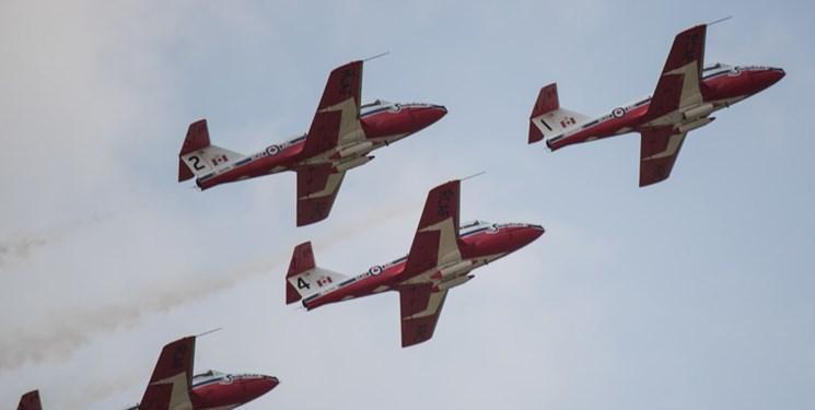 سقوط هواپیمای تیم آکروجت کانادا در نمایشگاه هوایی آمریکا