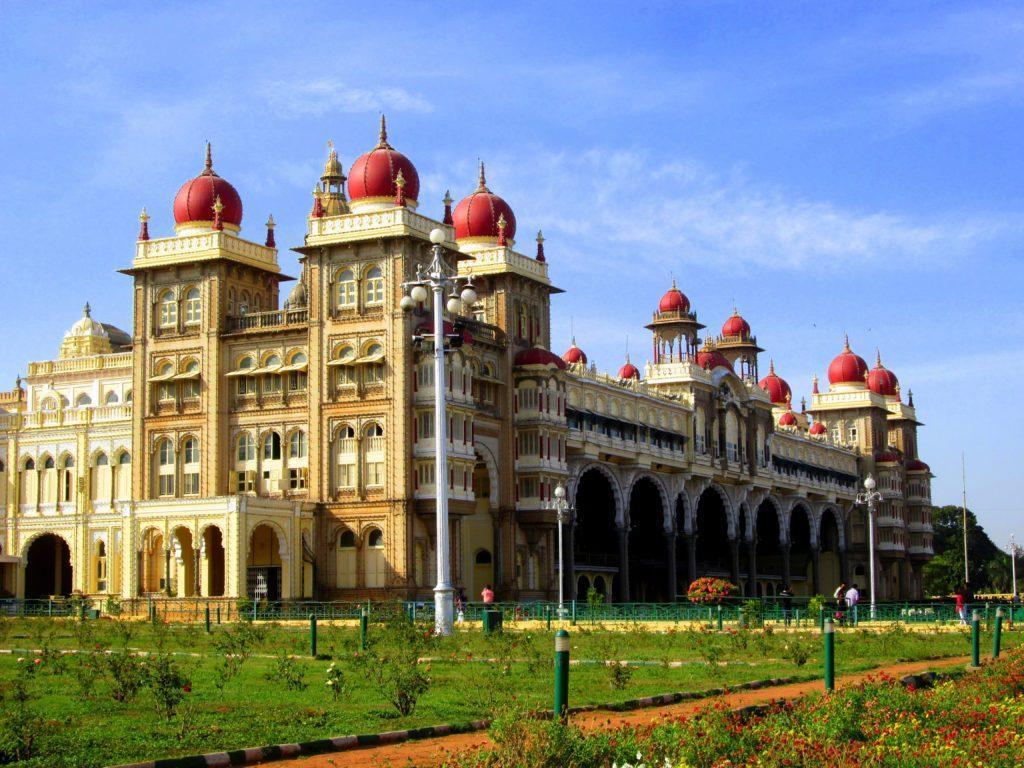 کاخ زیبای میسور در هندوستان Mysore Palace