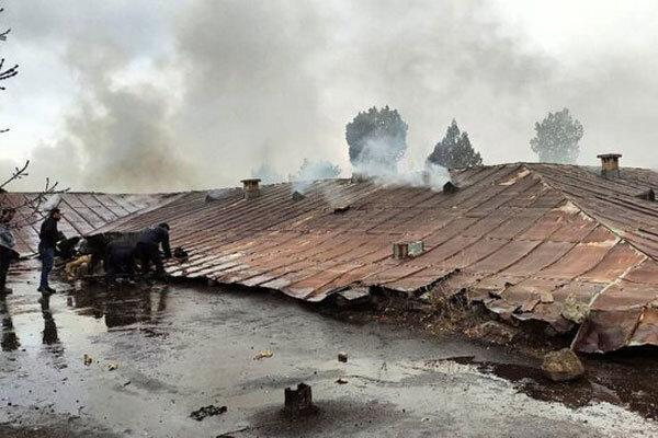 بیمارستان متروکه مشگین شهر در آتش سوخت