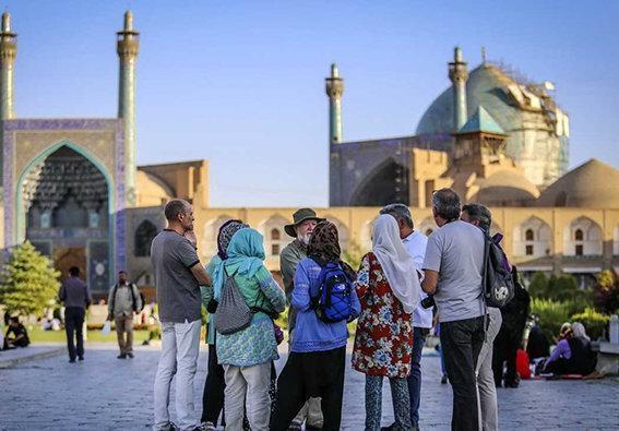 مالیات پروازهای گردشگران خارجی تعیین شد ، رای نمایندگان مجلس به مالیات پروازهای گردشگران خارجی