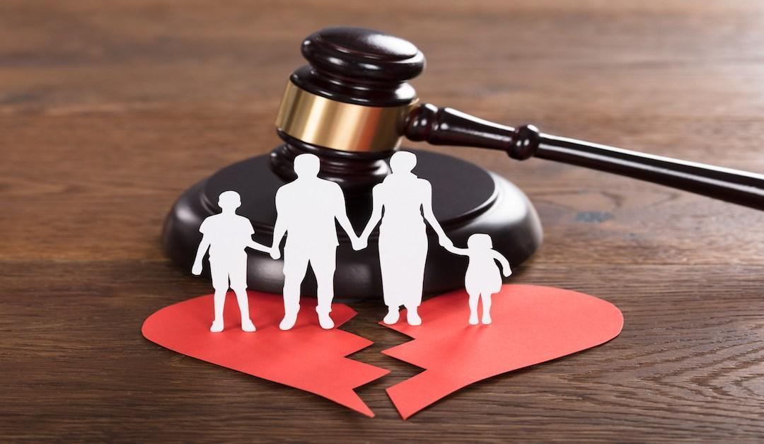آیا پدر می تواند مادر را از ملاقات فرزند محروم کند؟