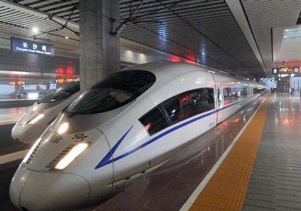عقد قرارداد 1.9میلیارد یورویی بهره برداری قطار سریع السیر اصفهان