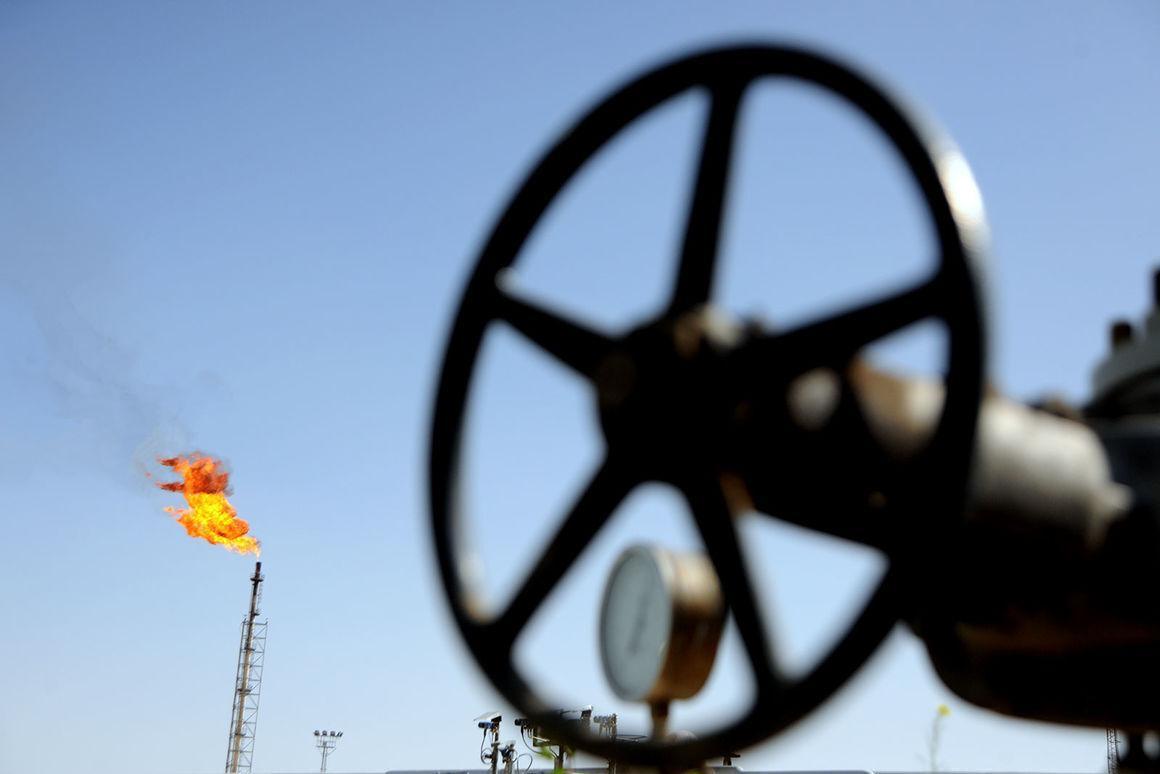 خبرنگاران صرفه جویی 300 میلیارد ریالی در بازسازی تجهیزات نفتی