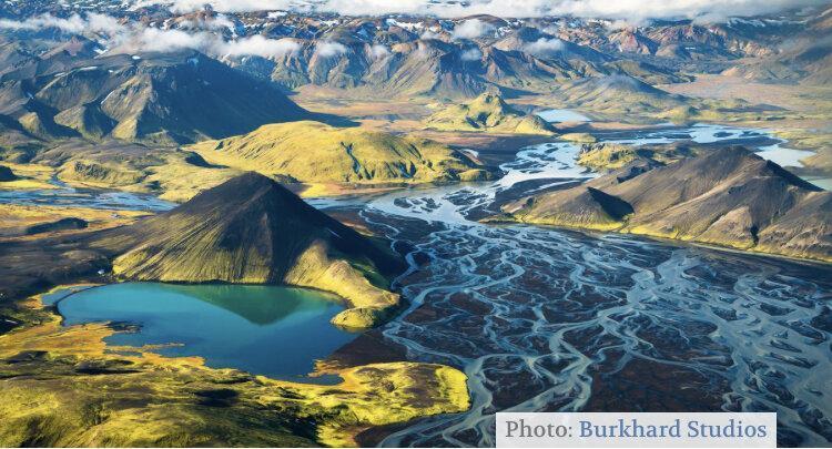 در انتهای یخبندان ، تصاویر نادر از رودخانه های یخی ایسلند