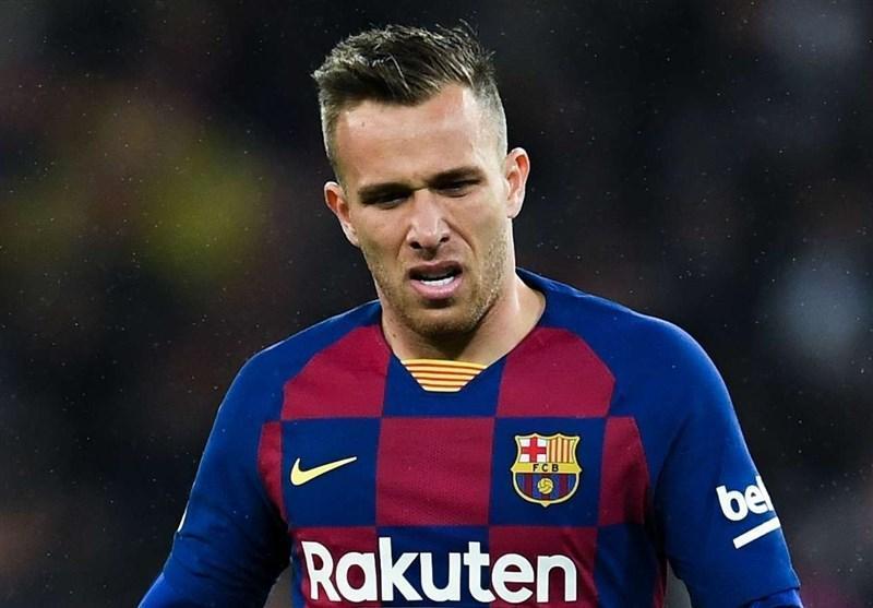 سنگین ترین مجازات تاریخ باشگاه بارسلونا در انتظار آرتور، کوشش وکلای هافبک برزیلی برای صلح با کاتالان ها
