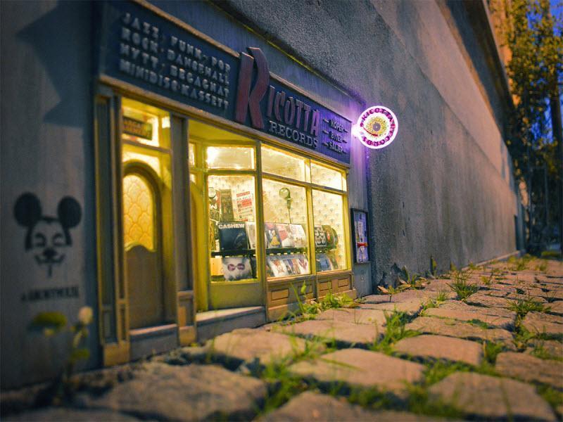 مغازه های مینیاتوری آقا موشه در شهرهای سوئد و فرانسه!