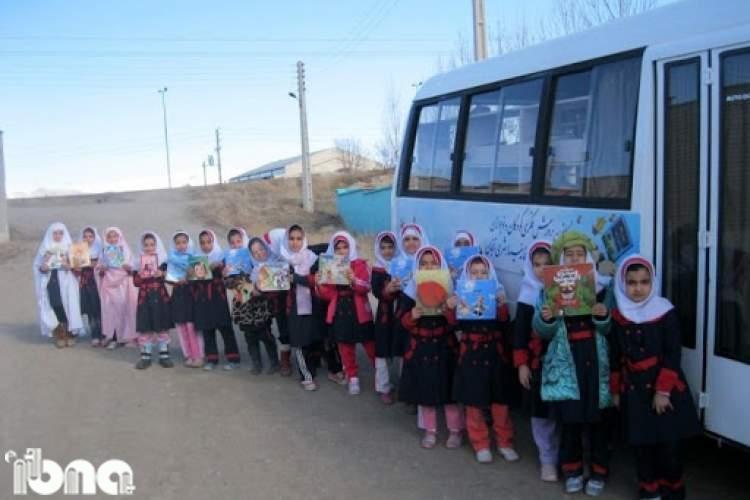 فعالیت 12 کتابخانه سیار روستایی و شهری در زنجان