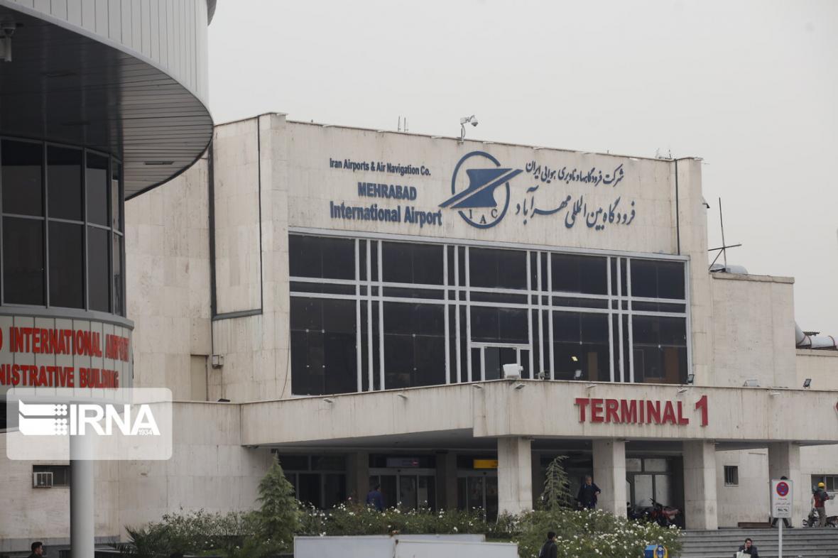 خبرنگاران فرودگاه مهرآباد: احتمال تغییر ساعت پروازها وجود دارد