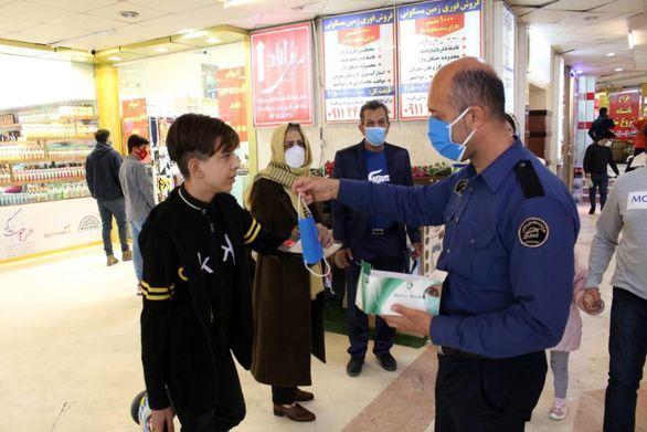 بازدید اعضای ستاد هماهنگی گردشگری و خدمات سفر سازمان از فرایند ارایه خدمات به گردشگران منطقه آزاد انزلی