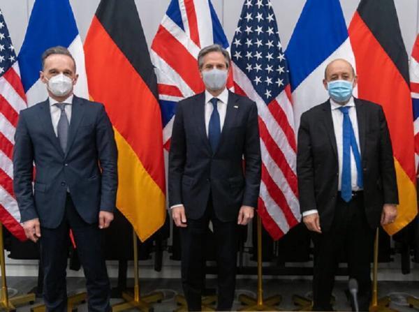 خبرنگاران تحرکات ضد روسی آمریکا در گفت وگو با فرانسه و آلمان