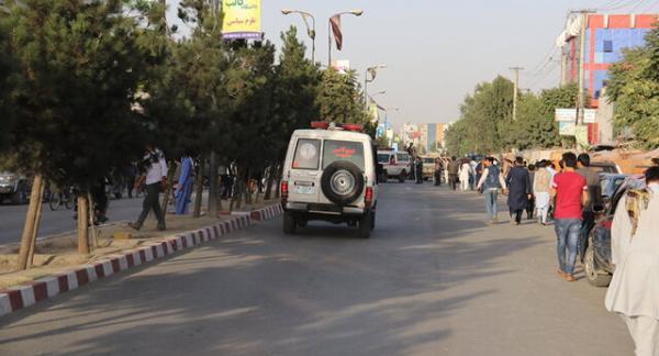 وقوع انفجارهایی نزدیک یک مدرسه در کابل با ده ها کشته و زخمی، طالبان مسؤولیت آن را رد کرد