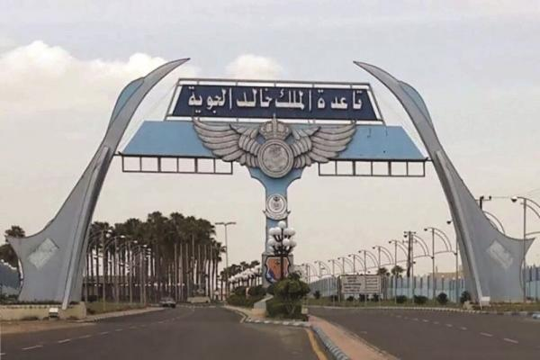 یمن به پایگاه ملک خالد عربستان حمله کرد