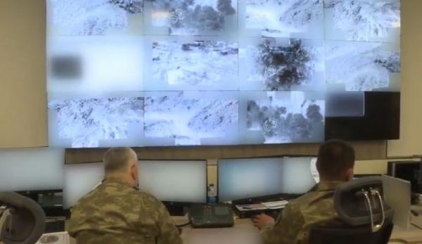 انفجار بمب در راستا کاروان ائتلاف آمریکایی، گسترش تحرکات نظامی ترکیه در شمال عراق