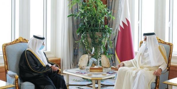 سفیر عربستان استوارنامه خود را تقدیم امیر قطر کرد