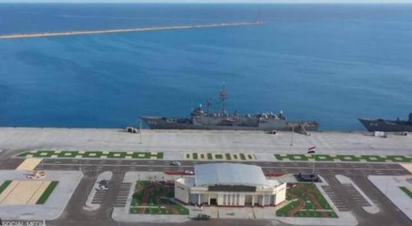 افتتاح مدرنترین پایگاه نظامی مصر در دریای مدیترانه با حضور ولیعهد ابوظبی