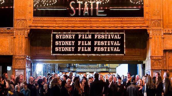 تور ارزان استرالیا: عباس کیارستمی و اصغر فرهادی در جشنواره فیلم سیدنی